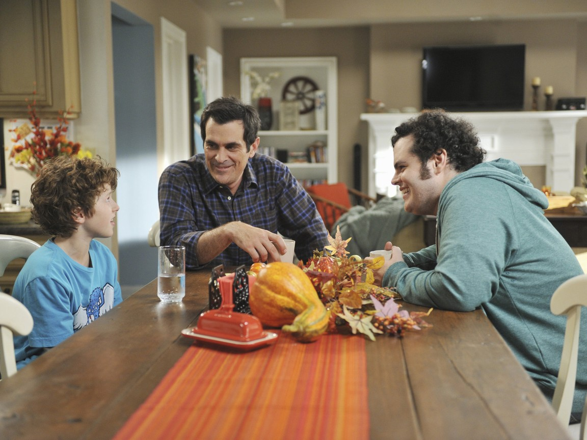 Modern Family - Season 3 Episode 09: Punkin Chunkin
