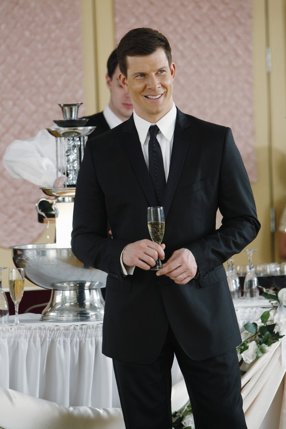 Ugly Betty - Season 4 Episode 19: The Past Presents the Future