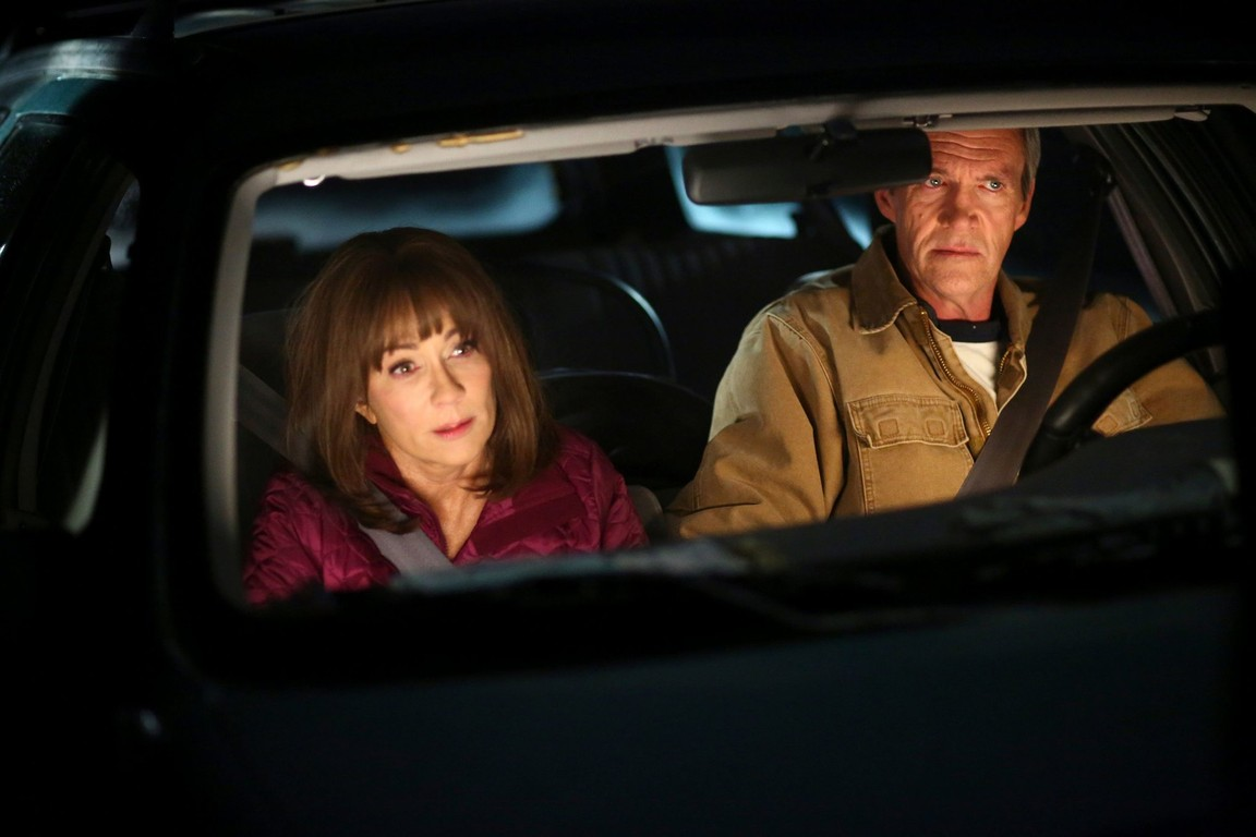 The Middle - Season 8 Episode 13: Ovary and Out