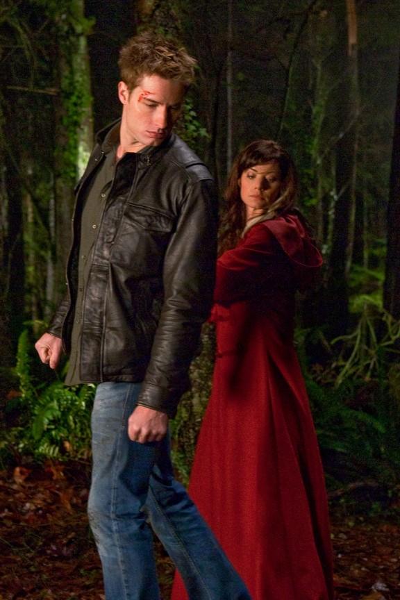 Smallville - Season 9 Episode 16: Checkmate