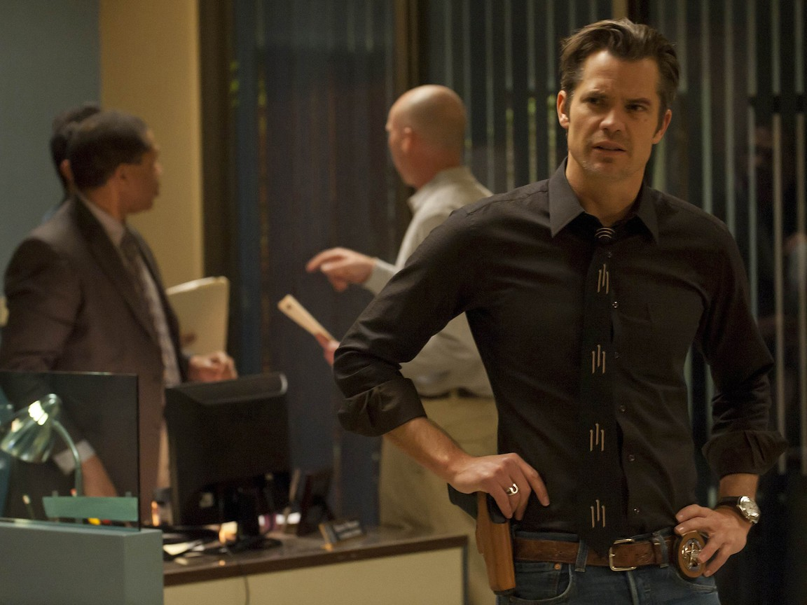 Justified - Season 2 Episode 11: Full Commitment