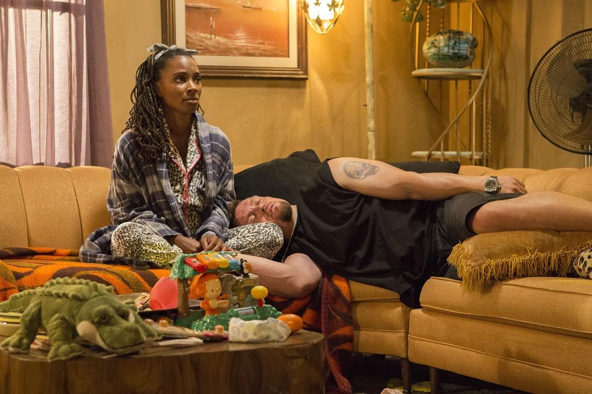 Shameless - Season 7 Episode 03: Home Sweet Homeless Shelter