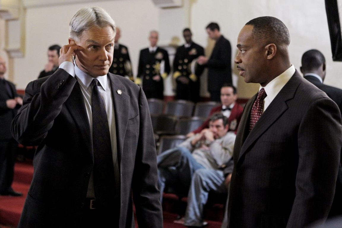 NCIS - Season 9 Episode 18: The Tell