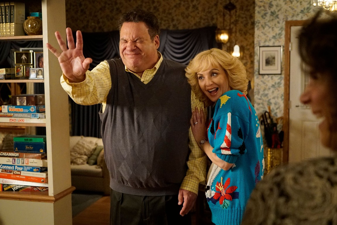 The Goldbergs - Season 4 Episode 09: Globetrotters