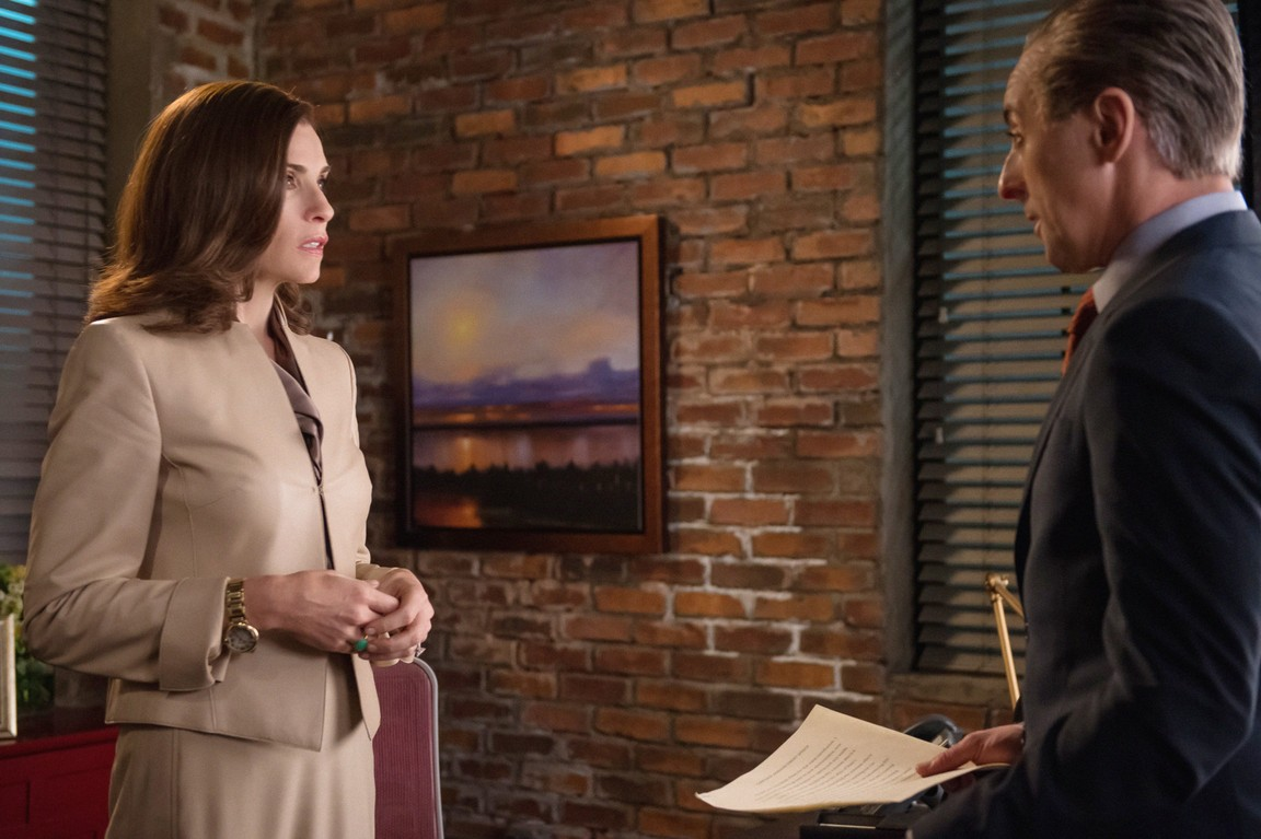 The Good Wife - Season 6 Episode 5: Shiny Objects