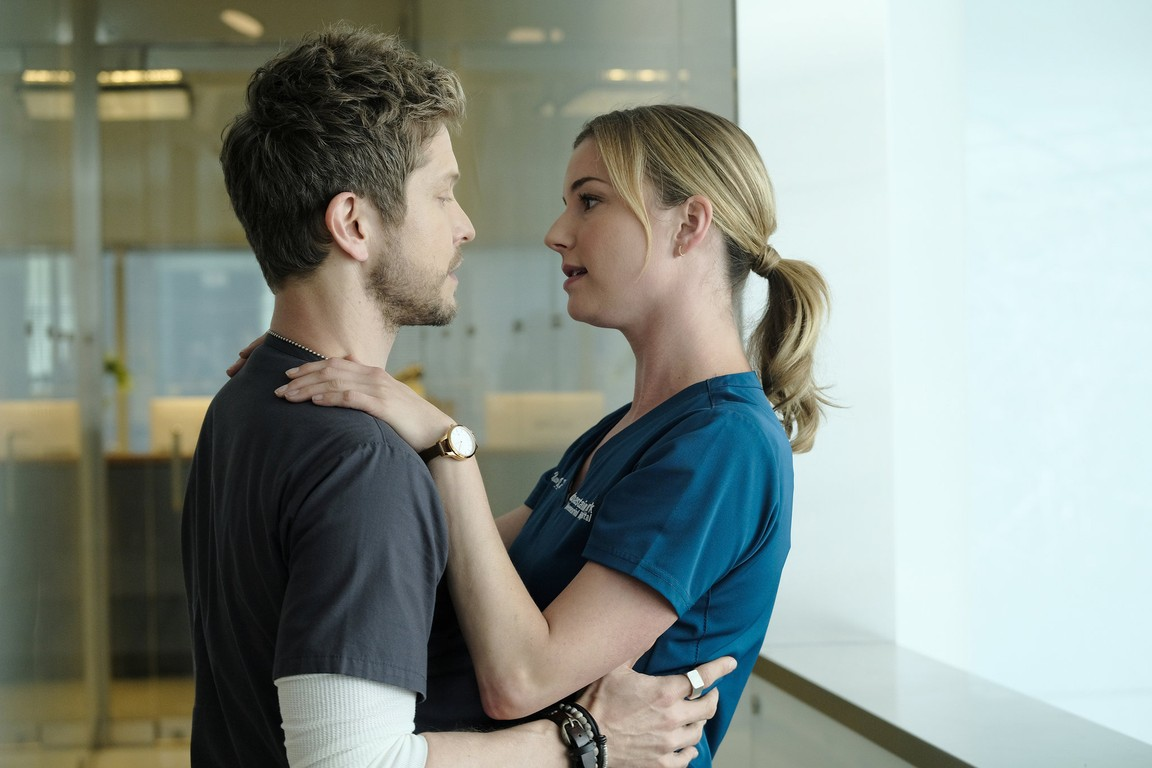 The Resident - Season 2 Episode 04: About Time