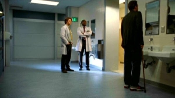 House M.D. - Season 1 Episode 19: Kids