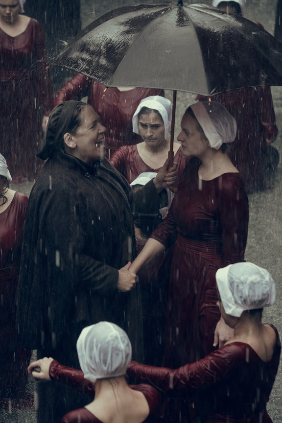 The Handmaid's Tale - Season 2 Episode 01: June