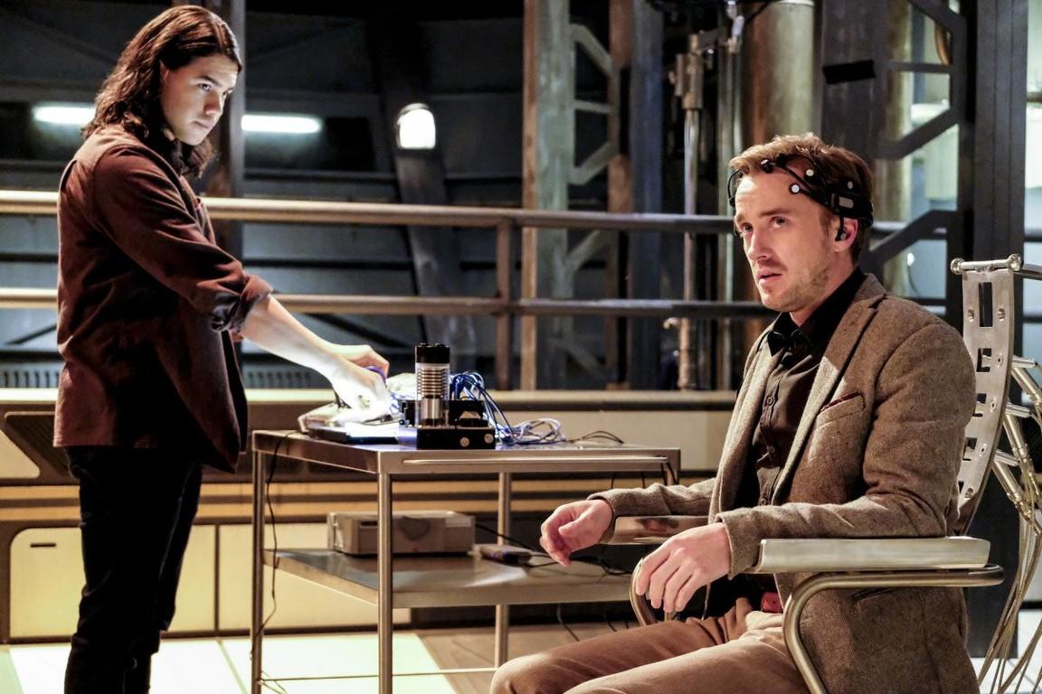 The Flash - Season 3 Episode 15: The Wrath of Savitar