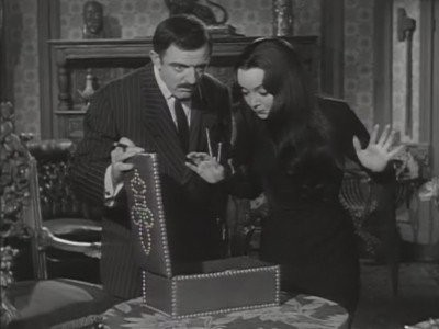 The Addams Family - Season 1 Episode 23: Thing Is Missing