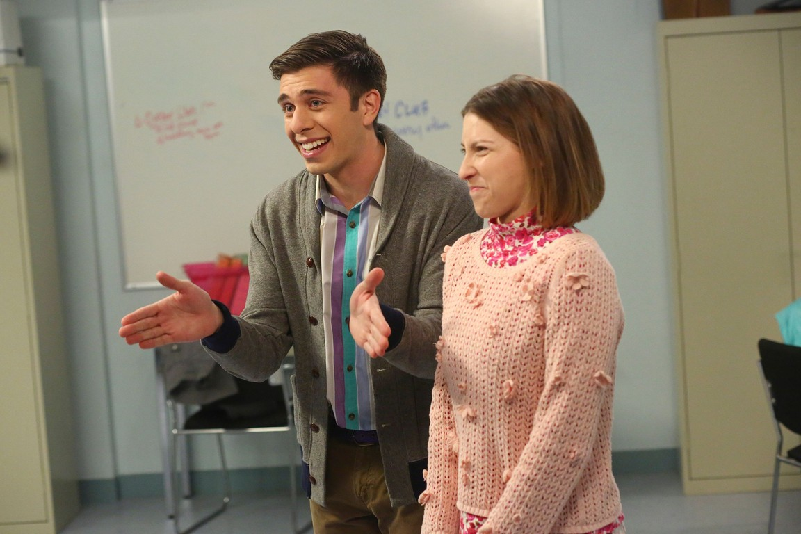 The Middle - Season 8 Episode 12: Pitch Imperfect