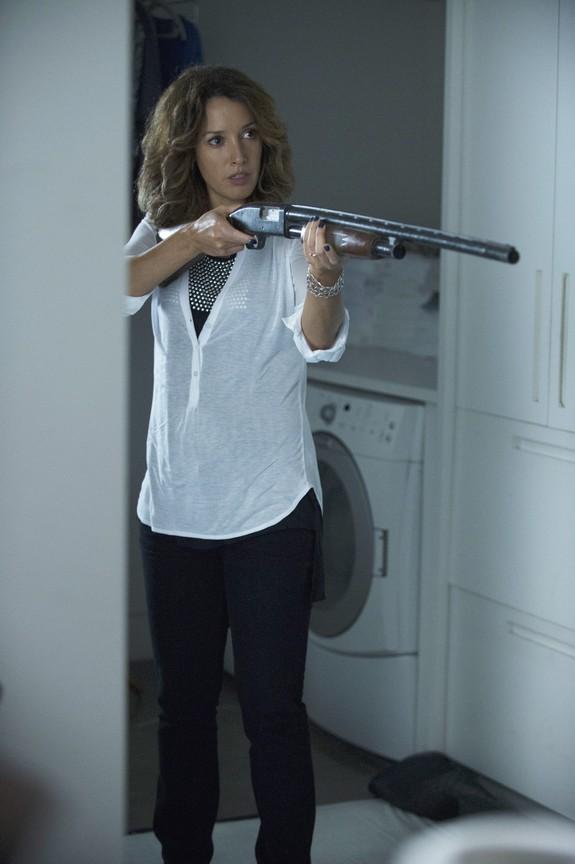 Motive - Season 2 Episode 02: They Made Me a Criminal