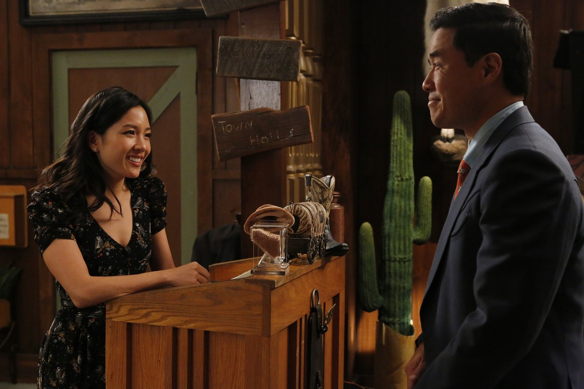Fresh Off the Boat - Season 2 Episode 13: Phil's Phaves