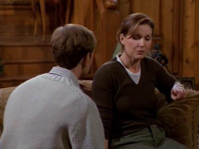 Frasier - Season 6 Episode 16: Decoys