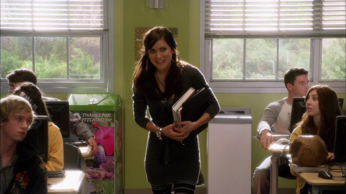 90210 - Season 1 Episode 14: By Accident