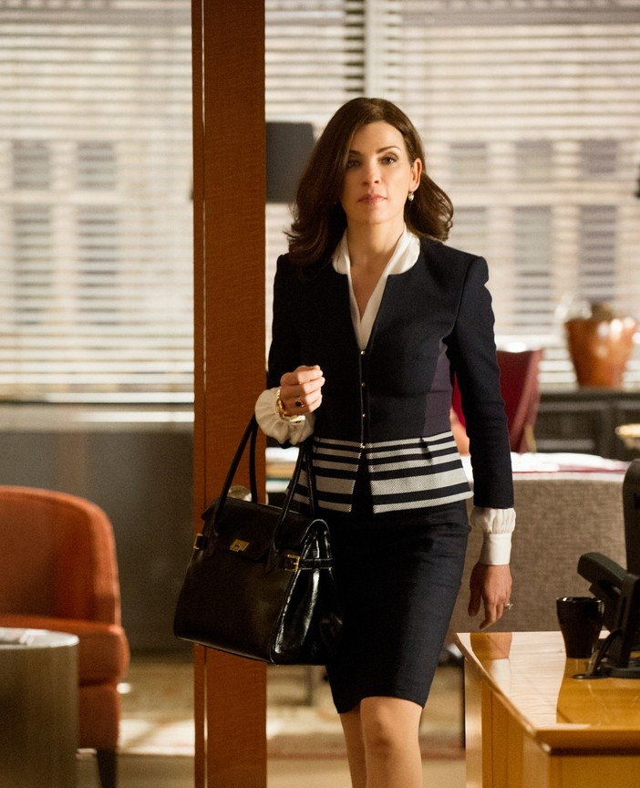 The Good Wife - Season 6 Episode 1: The Line