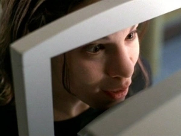 The X-Files - Season 5 Episode 16:Mind's Eye