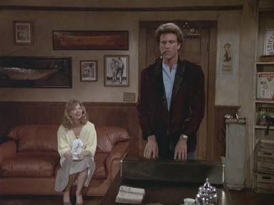 Cheers - Season 4 Episode 05: Diane's Nightmare