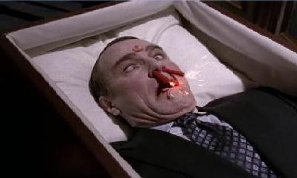Malcolm in The Middle - Season 7 Episode 14: Hal Grieves