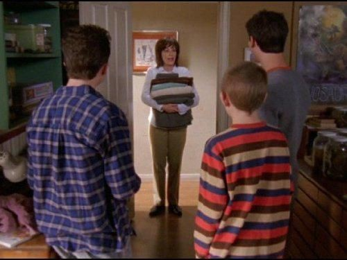Malcolm in The Middle - Season 6 Episode 16: No Motorcycles