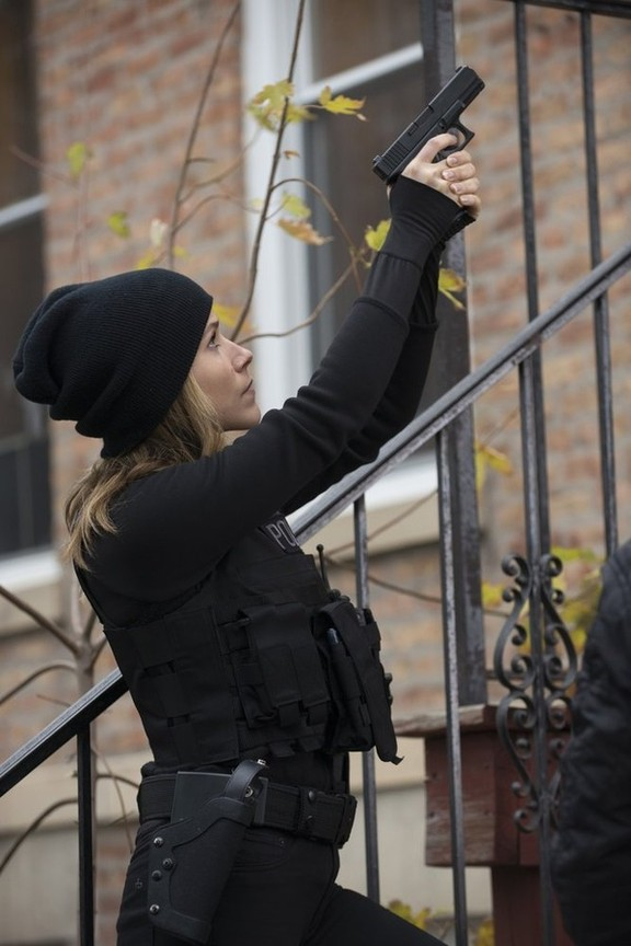 Chicago P.D. - Season 2 Episode 10: Shouldn't Have Been Alone