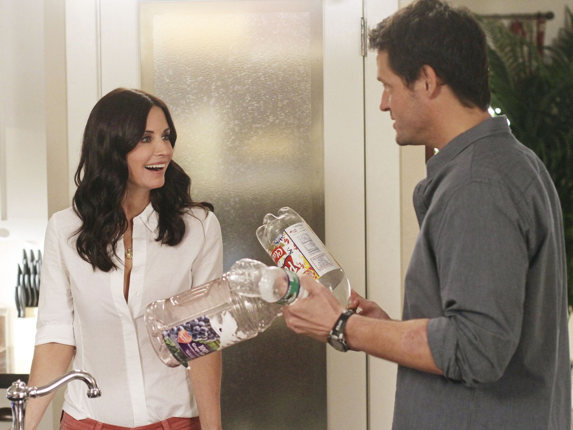 Cougar Town - Season 3 Episode 12: Square One