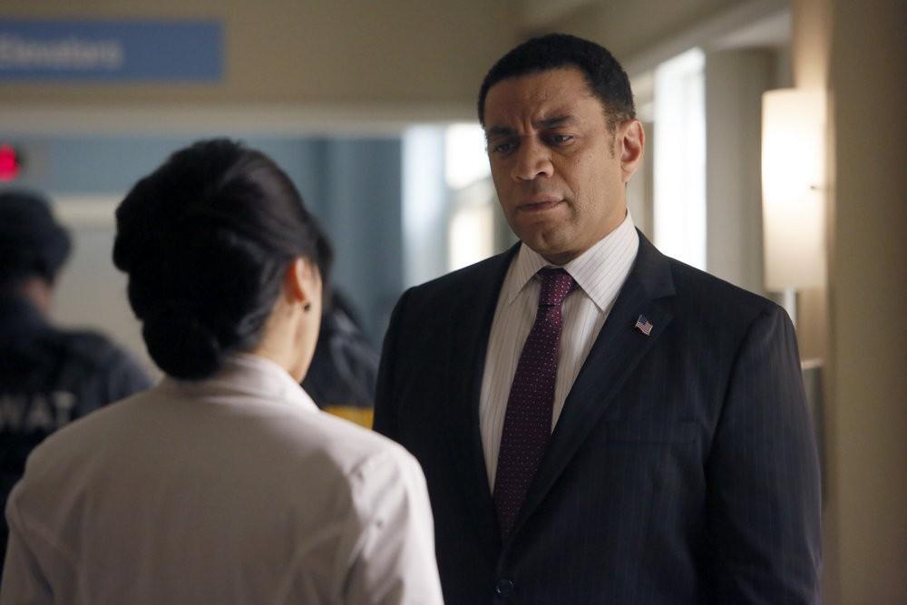 The Blacklist - Season 4 Episode 07: Dr. Adrian Shaw (1)