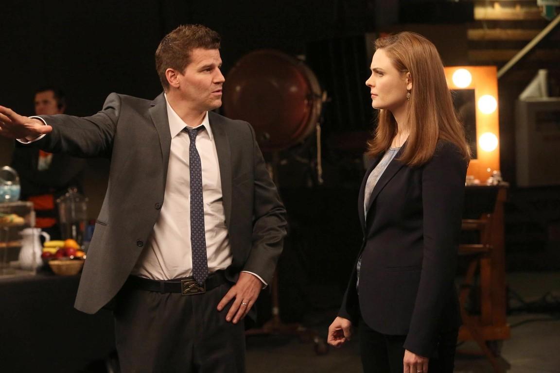 Bones - Season 9 Episode 18: The Carrot in the Kudzu