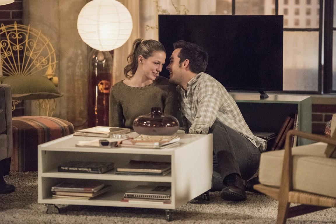Supergirl - Season 2 Episode 14: Homecoming