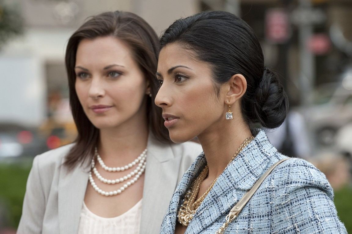 Royal Pains - Season 2 Episode 08: The Hankover