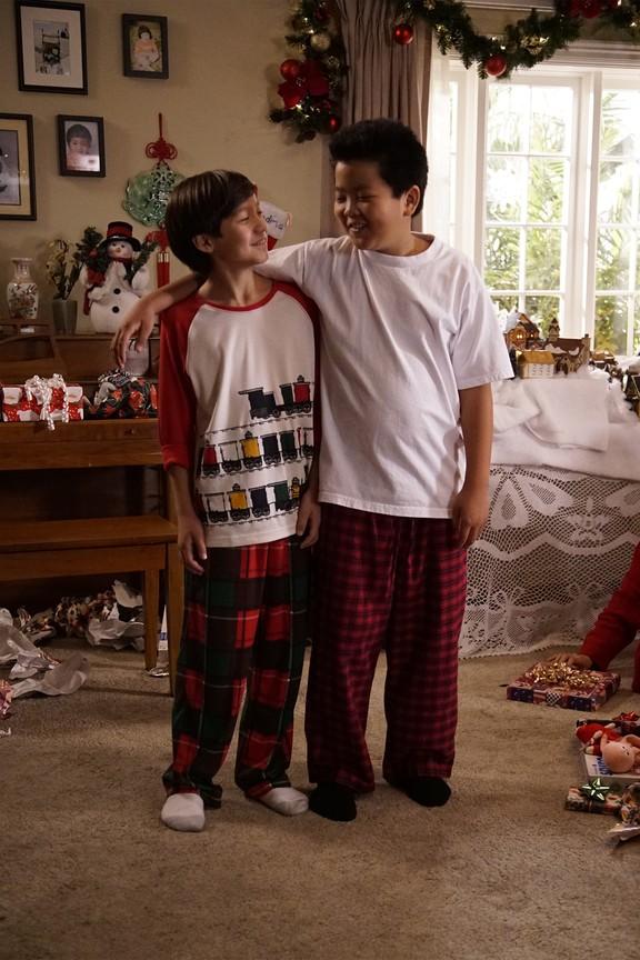 Fresh Off the Boat - Season 2 Episode 10: The Real Santa