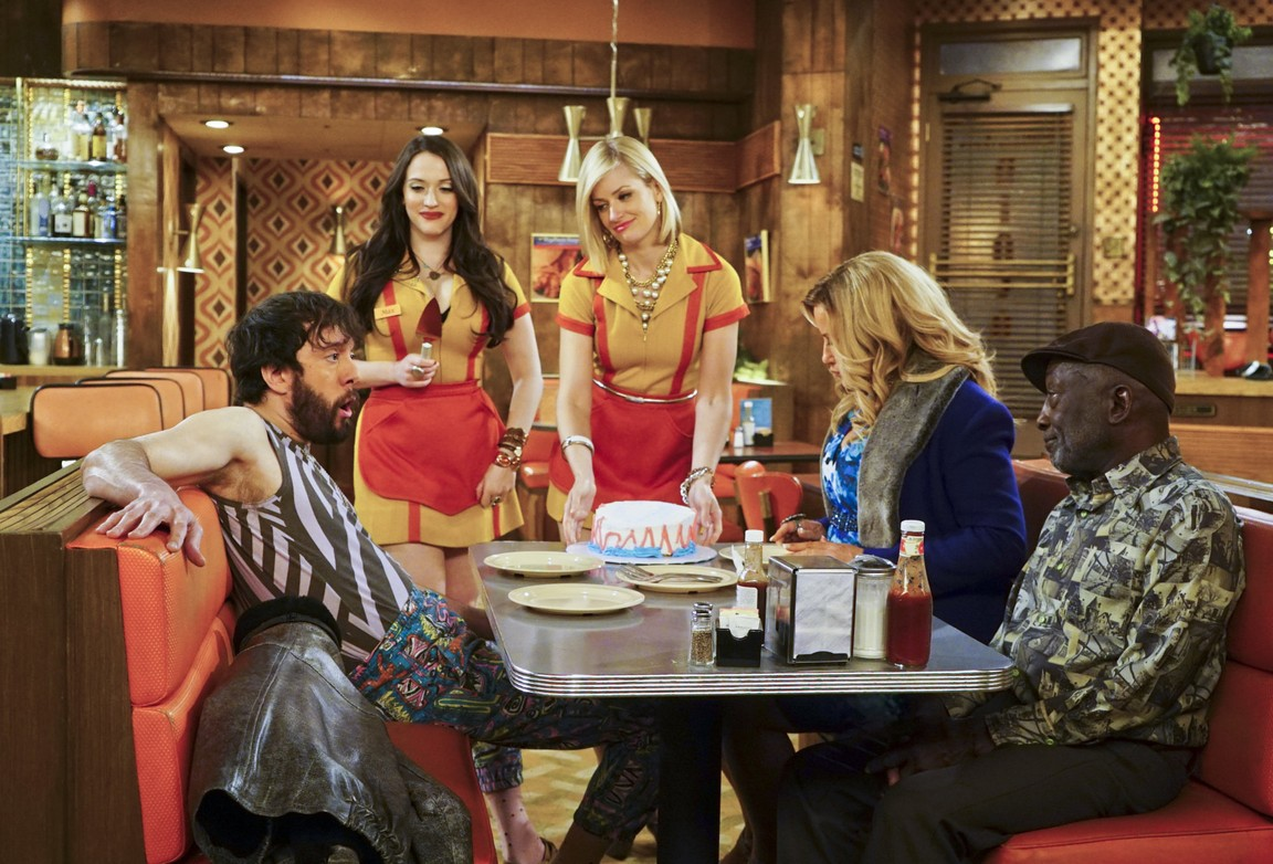 2 Broke Girls - Season 5 Episode 17: And the Show and Don't Tell