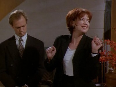 Frasier - Season 3 Episode 21: Where There's Smoke There's Fired