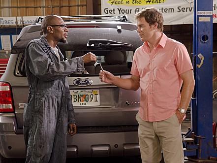 Dexter - Season 6 Episode 03: Smokey and the Bandit