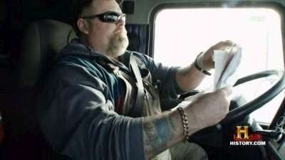 Ice Road Truckers - Season 3 Episode 05: Accident Alley