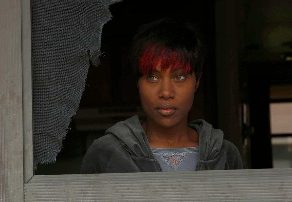 Shots Fired - Season 1 Episode 01: Hour One: Pilot