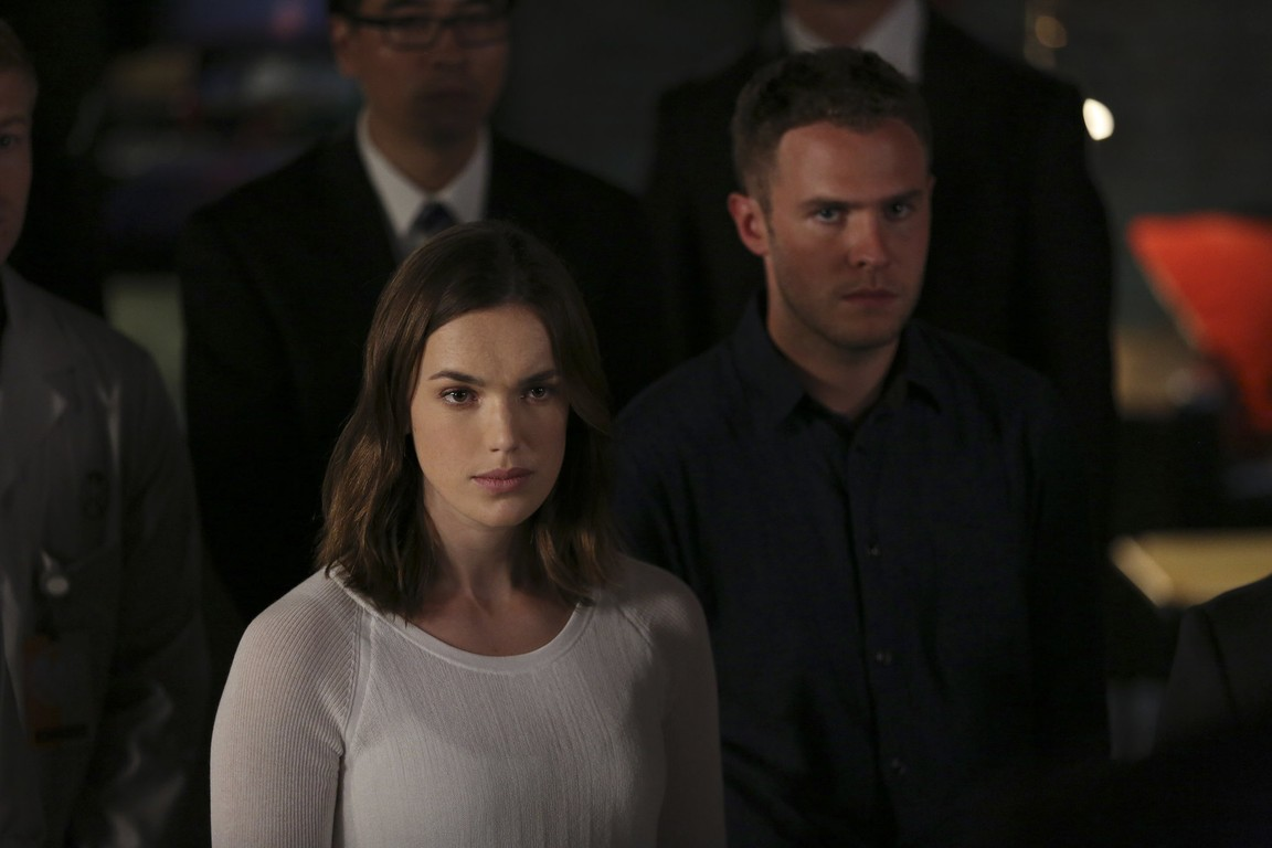 Marvel's Agents of S.H.I.E.L.D. - Season 3 Episode 08: Many Heads, One Tale