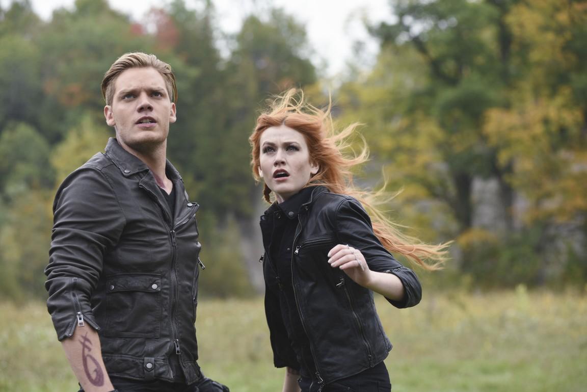 Shadowhunters - Season 1 Episode 12: Malec