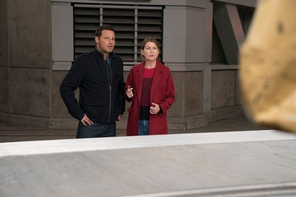 Grey's Anatomy - Season 14 Episode 07: Who Lives, Who Dies, Who Tells Your Story