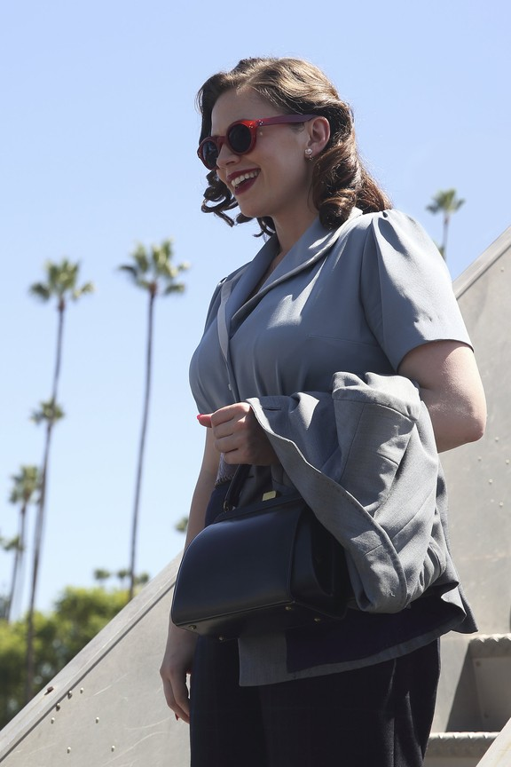 Agent Carter - Season 2 Episode 1: The Lady in the Lake