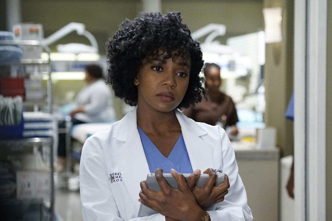 Greys Anatomy - Season 12 Episode 22: Mama Tried