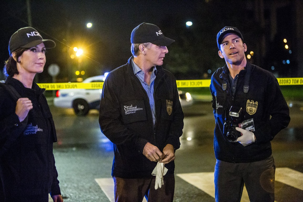 NCIS: New Orleans- Season 2 Episode 13: Undocumented