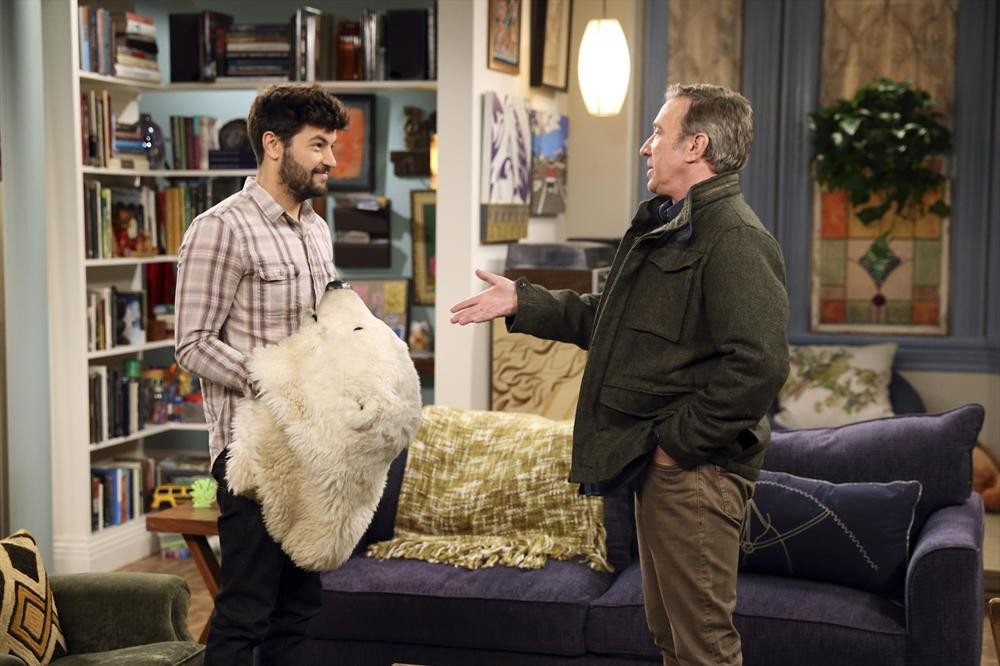 Last Man Standing - Season 4 Episode 16: Three Sundays